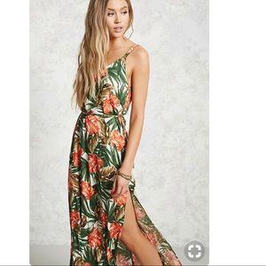 Forever 21 Contemporary Tropical Maxi Dress